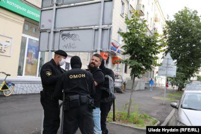 """В Минске снова жестко """"зачищают"""" массовую акцию протеста"""