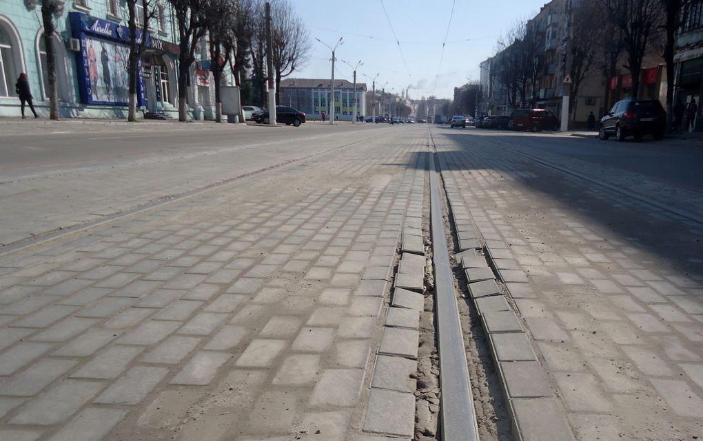 Деньги для своих: в Каменском заказы получают компании, связанные с заместителем мэра Белоусова