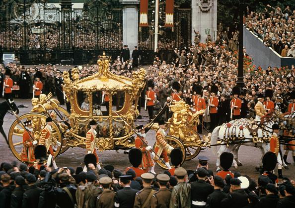 68 лет со дня коронации Елизаветы II: самые яркие и памятные моменты (ФОТО)
