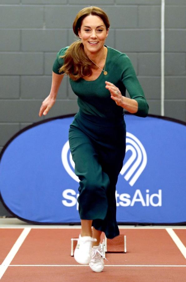 Стиль Кейт Миддлтон - фигуру жены принца Уильяма хвалят в соцсетях