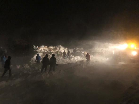 В Норильске лавина раздавила туристический домик, погибли люди (ФОТО, ВИДЕО) 5