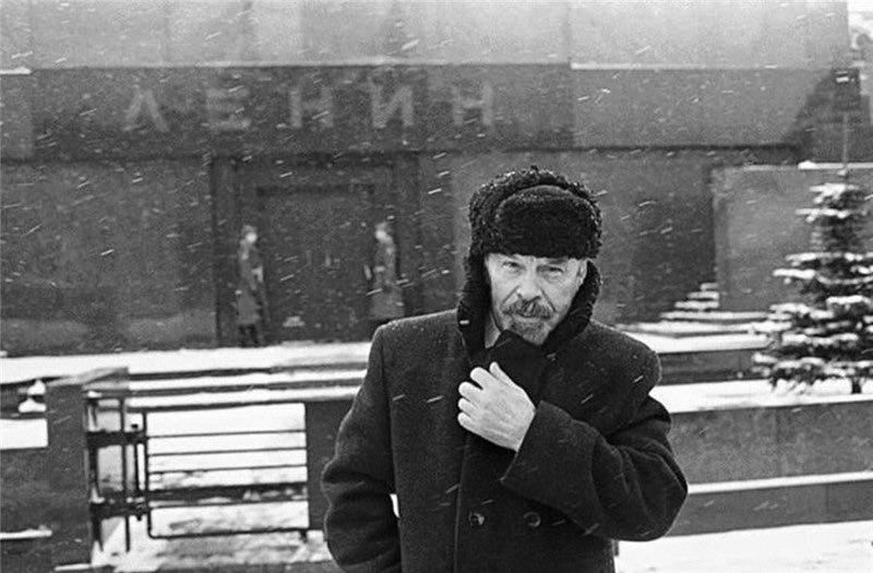 В России заговорили о выносе Ленина из мавзолея: сеть отреагировала забавными фотожабами