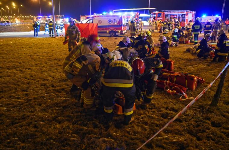 Смертельное ДТП в Польше. Количество пострадавших украинцев увеличилось (ФОТО) 15