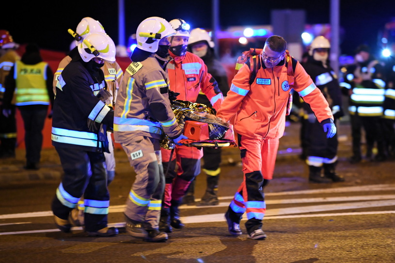 Автобус с украинцами упал с виадука. Подробности ДТП в Польше, в котором погибло 6 человек (ФОТО) 7