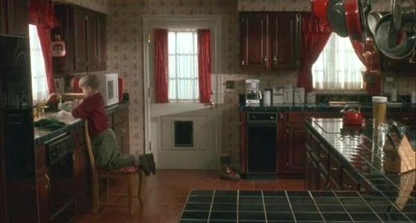 Как выглядит знаменитый особняк из фильма «Один дома» спустя 30 лет (ФОТО)