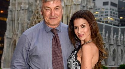 После потери ребенка 61-летний Алек Болдуин заявил о беременности жены