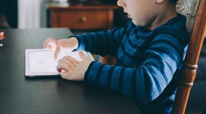 Поколение Z: как найти подход к современным детям/Современное поколение формируется на фоне развития информационных технологий