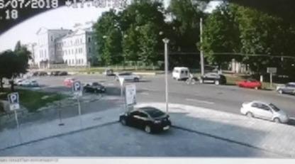 Гибель мотогонщика в Харькове: появилось видео с моментом жуткого ДТП