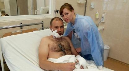 Земная любовь: сети впечатлило семейное фото раненого бойца ВСУ